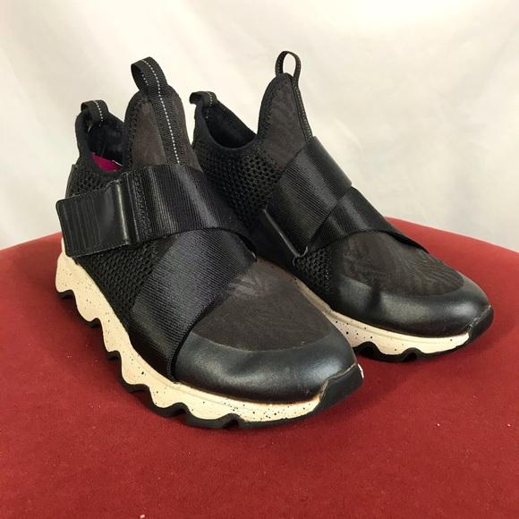 Sorel size 6.5 black slip on velcro sneakers